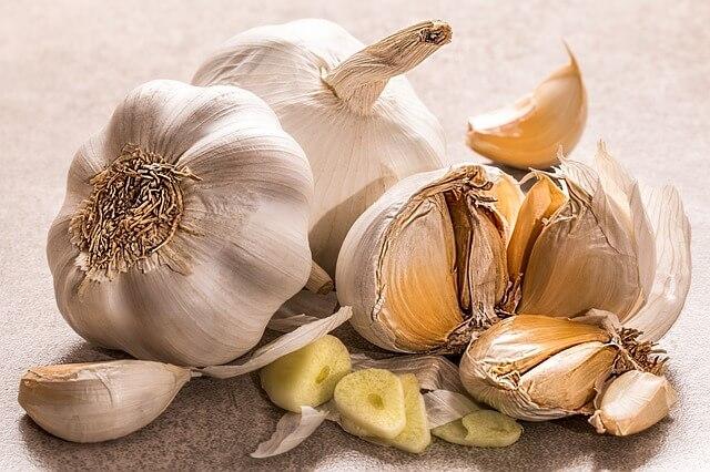 Garlic for normal heart health