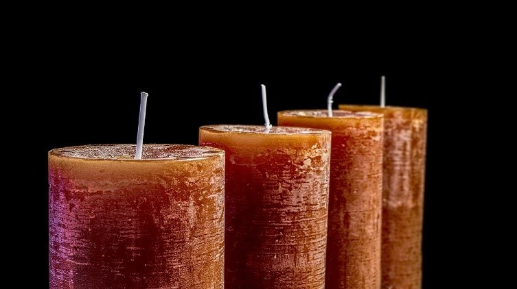 How to Start a Candle Making Business at Home