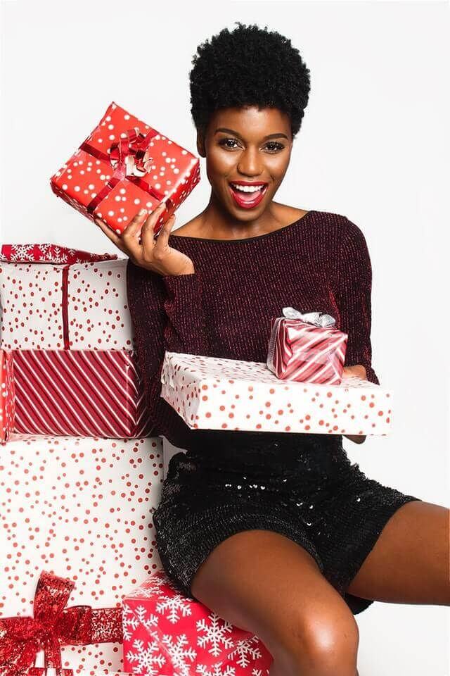 hire a gift wrapper