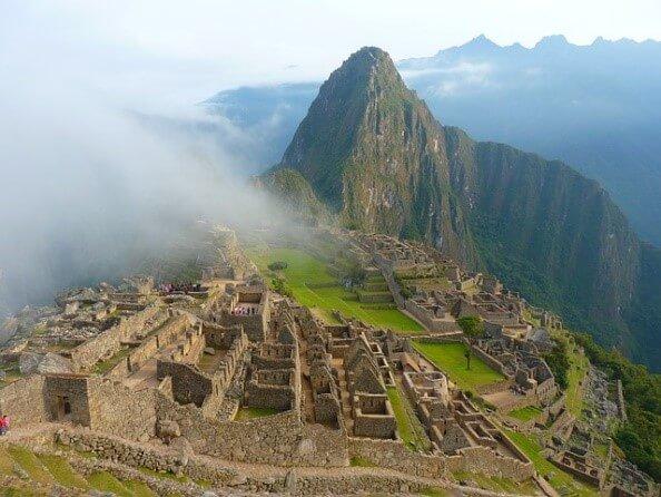Machu Picchu -10 Wonders of The World